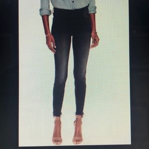 NWT - High Waisted Looker Ankle Fray Night Hawk